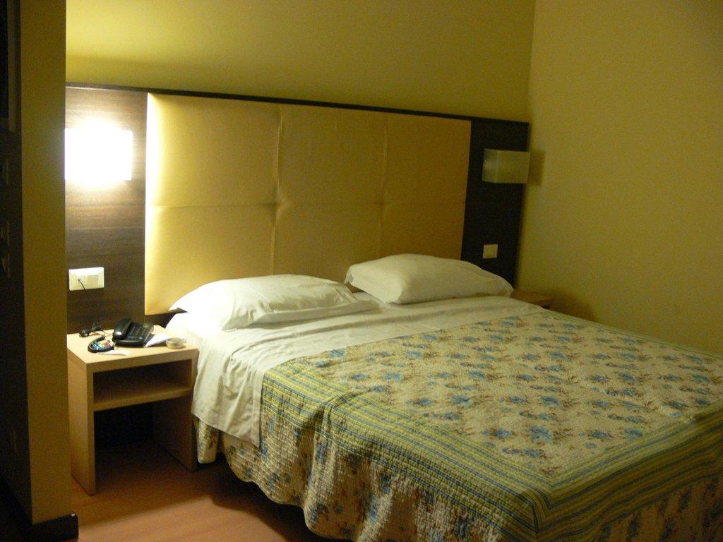 Hotel Alveri