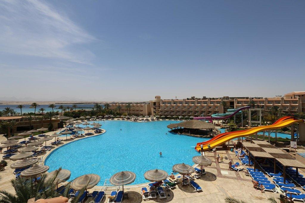 Dessole Pyramisa Sahl Hasheesh Resort