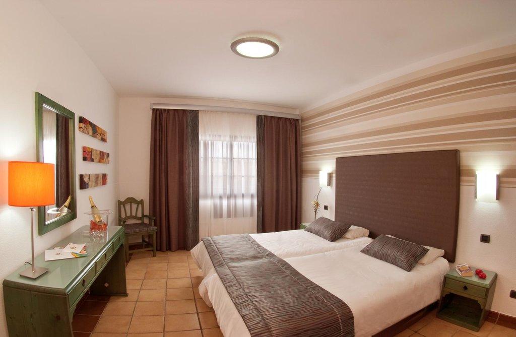 普韋布洛馬里內羅公寓飯店