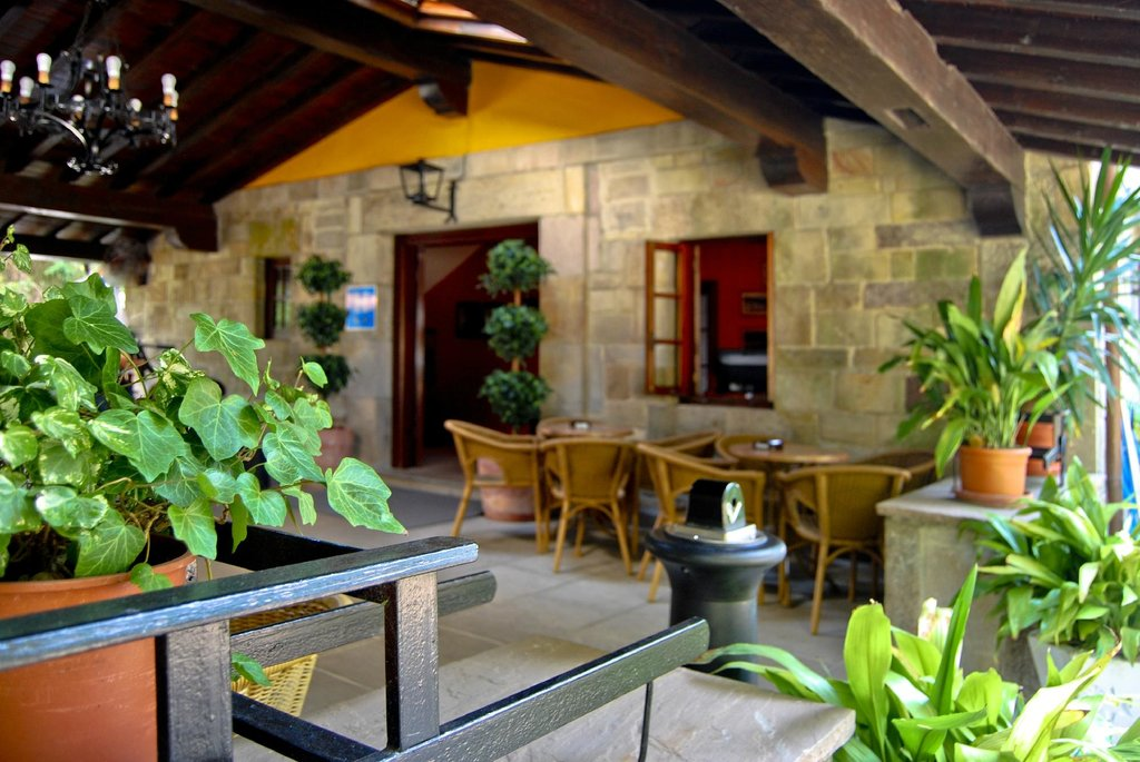 Hotel Cuevas I-II