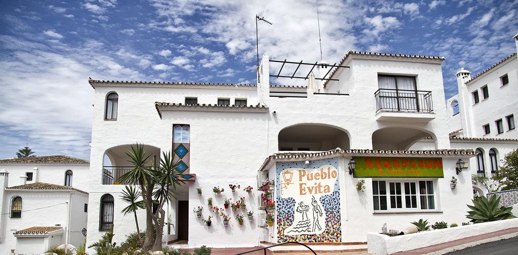 Pueblo Evita Club