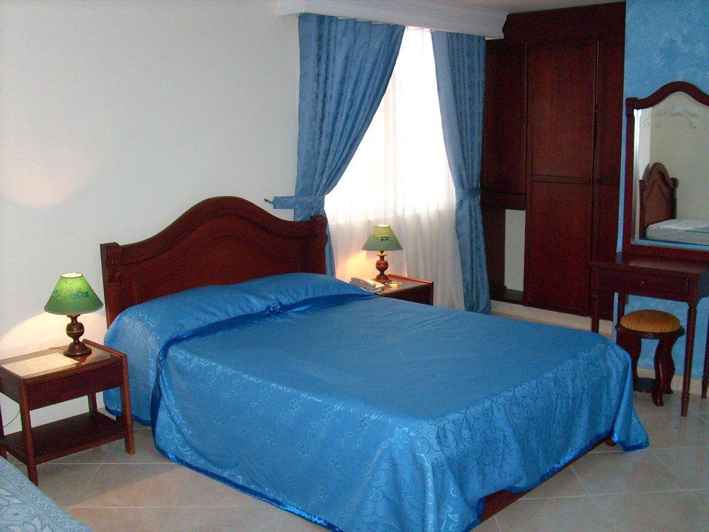 Hotel Los Ocobos Plaza