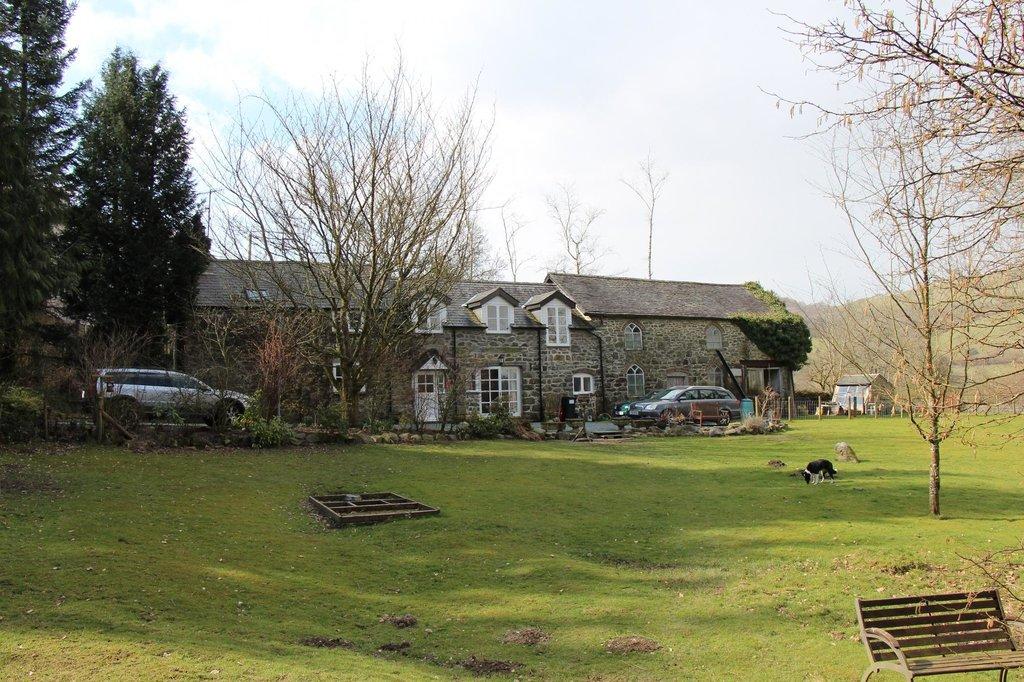 Aberhiriaeth Cottage