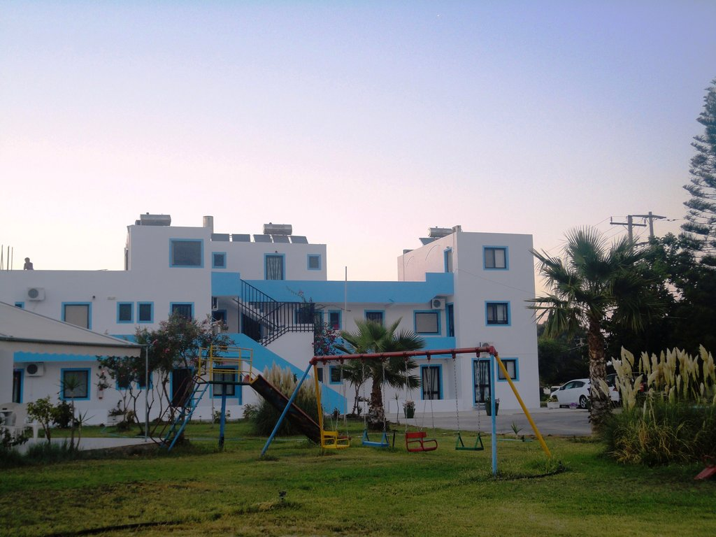Anthia Apartments