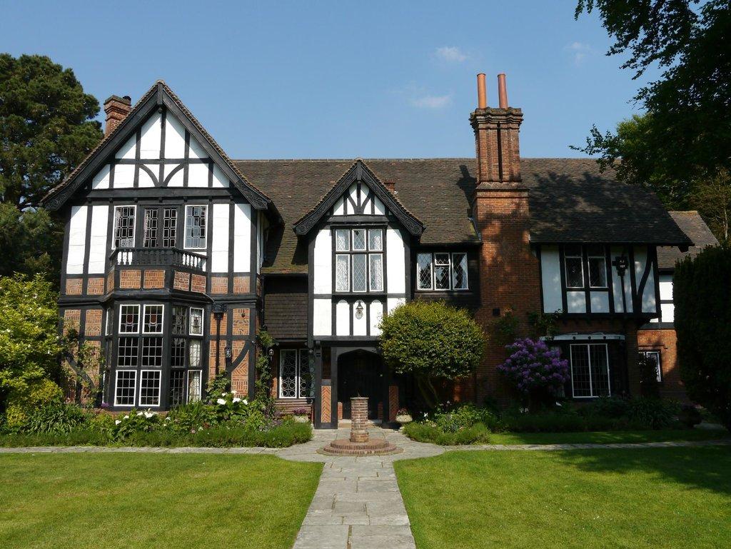 Tudor Grange Guest House
