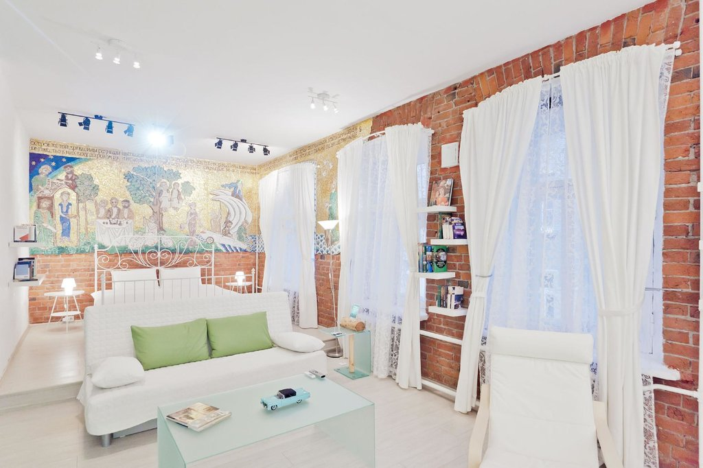 Mama Ro Apartments