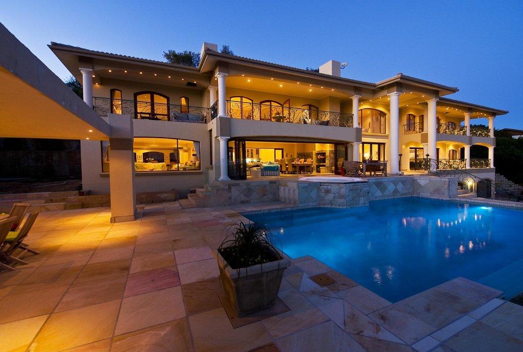 Villa Paradisa Guest House