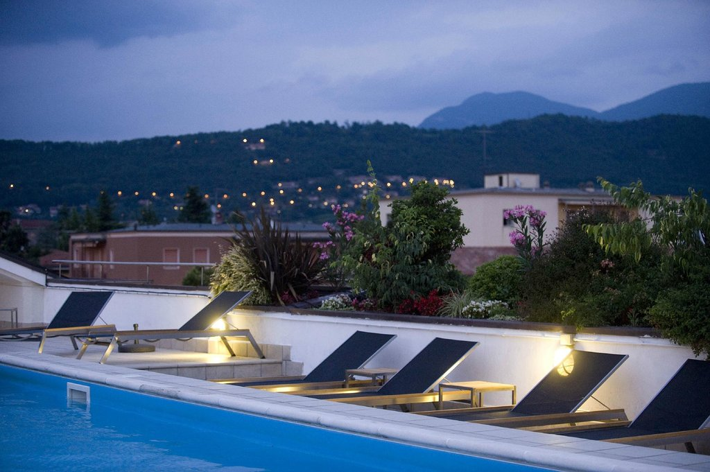 Regal Hotel and Apartment