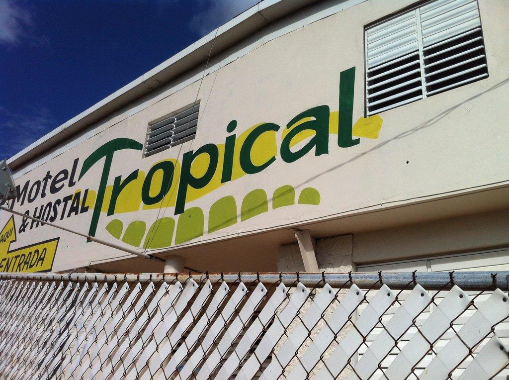 Hostal Tropical