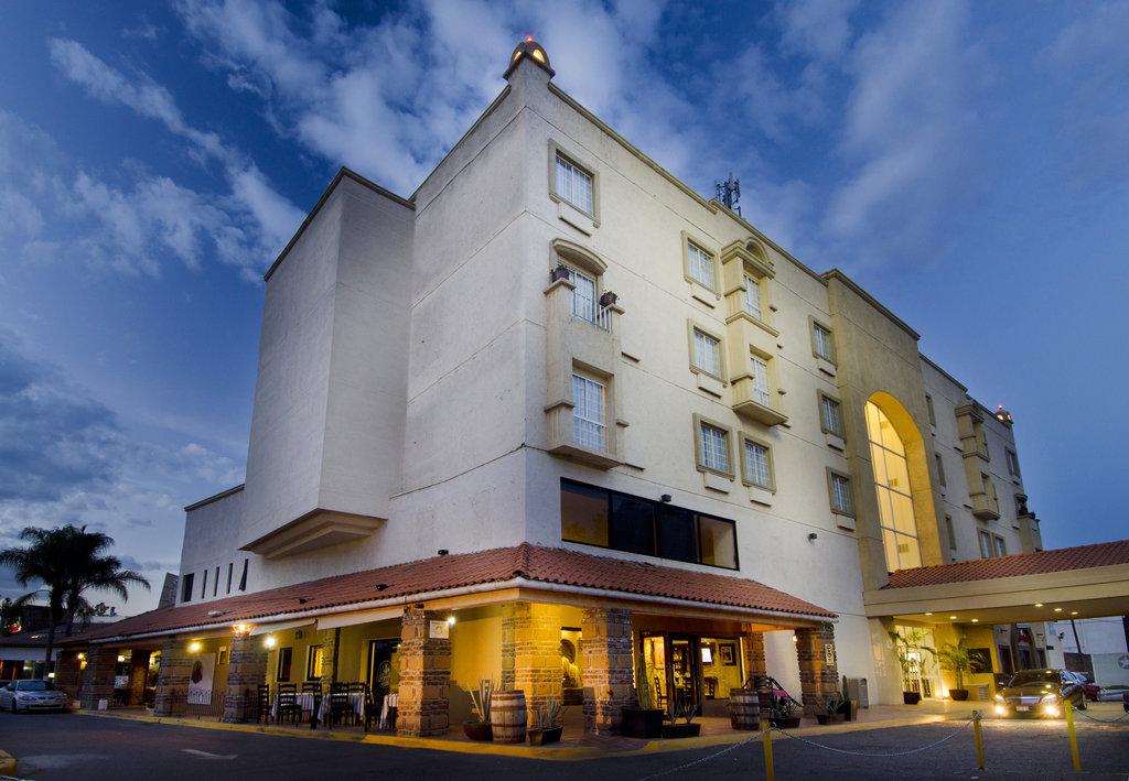 墨西哥廣場卡佩斯瑞飯店