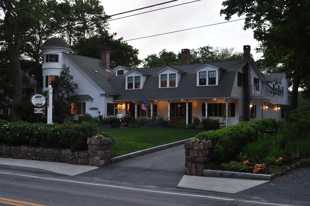 Stone Throw Cottage