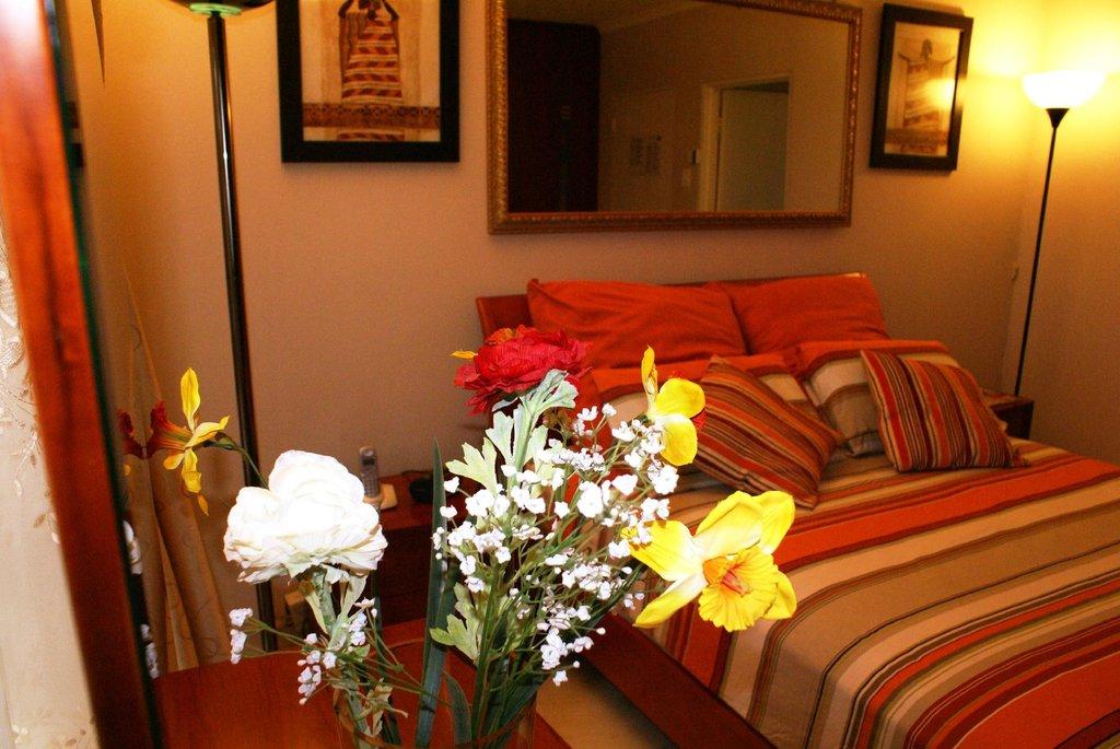 Ekhaya Lodge Bed & Breakfast