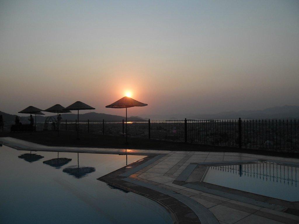 Sundial Hotel