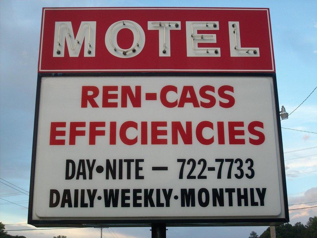 Ren Cass Motel