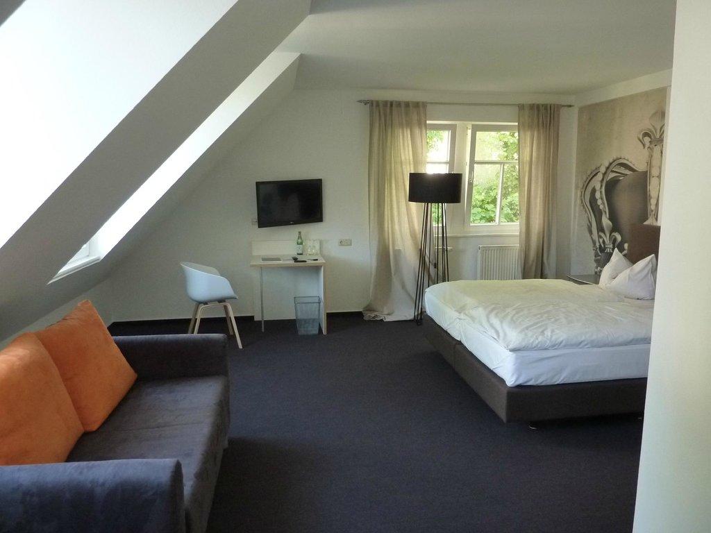 Schlosshotel Soergenloch