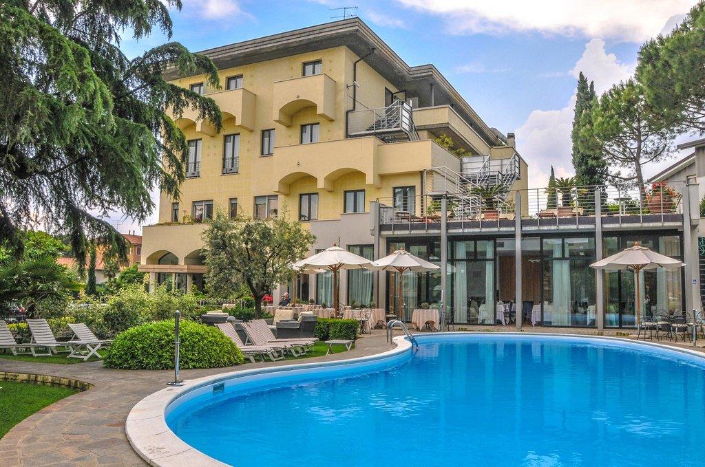 Hotel Piccola Vela