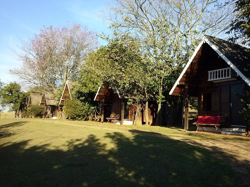 Gruta Dos Anoes Camping E Chales