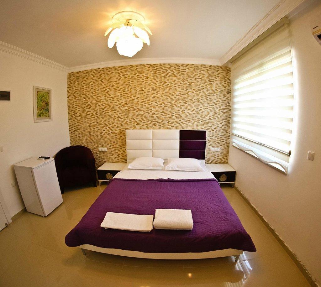 Ala Hotel