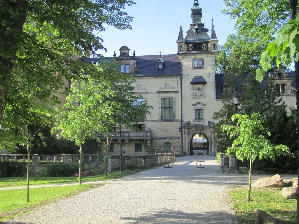 Kliczkow Castle