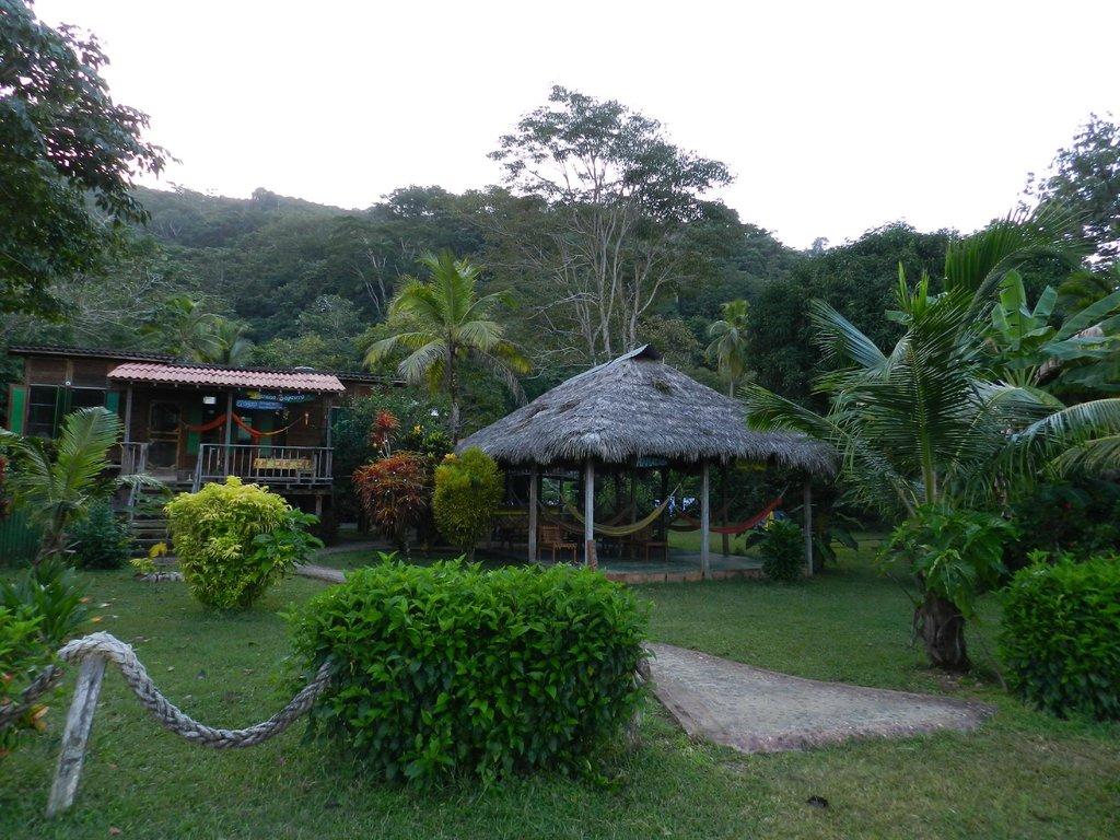 Paraiso Sapzurro Resort