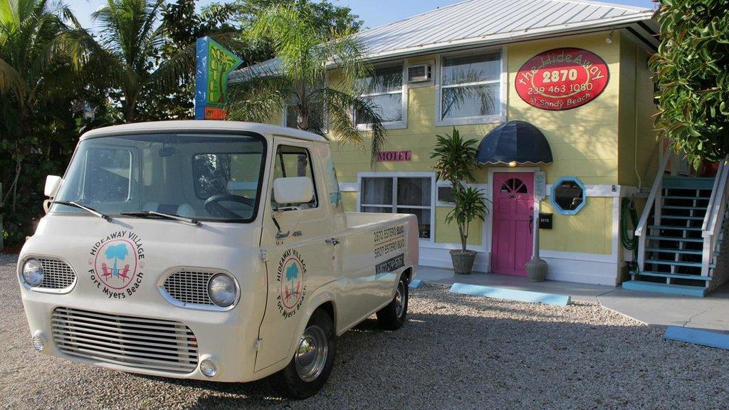Hideaway Sandy Beach Motel