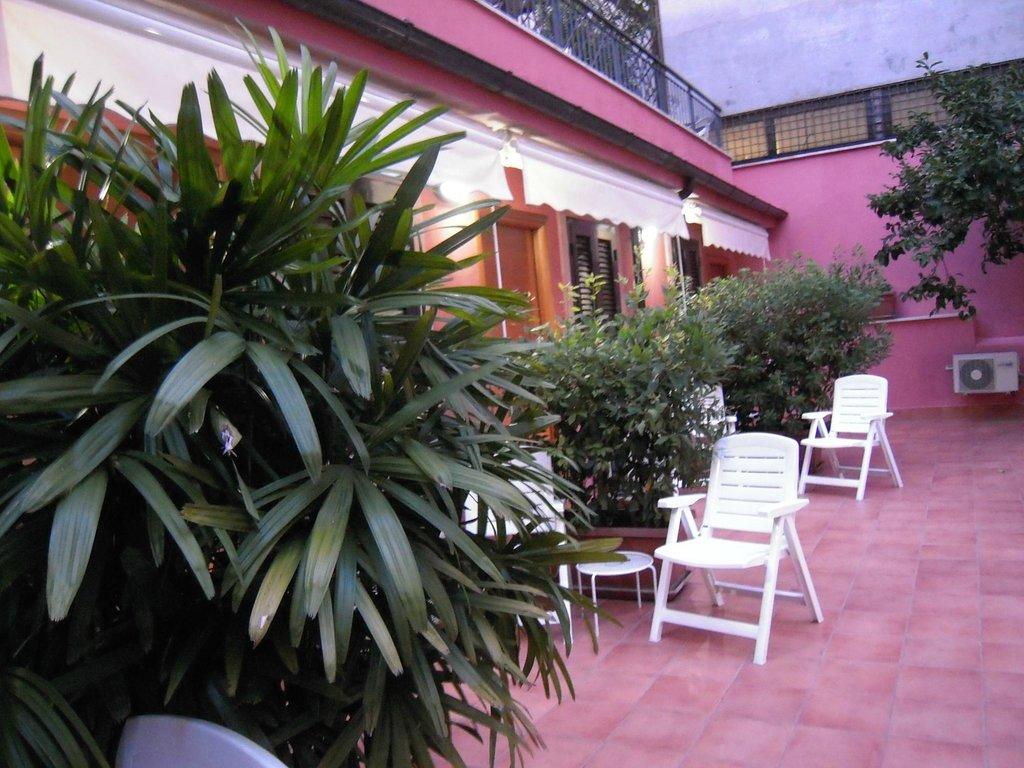 洛坎達德爾曼佐尼酒店