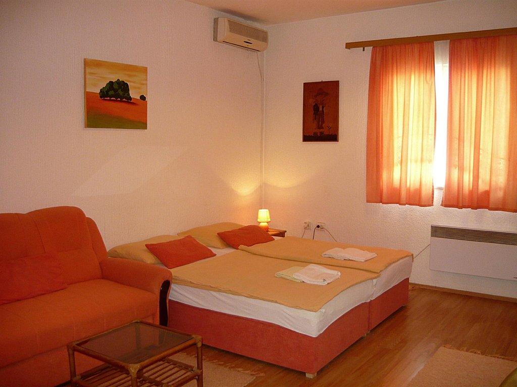 Apartments Corina
