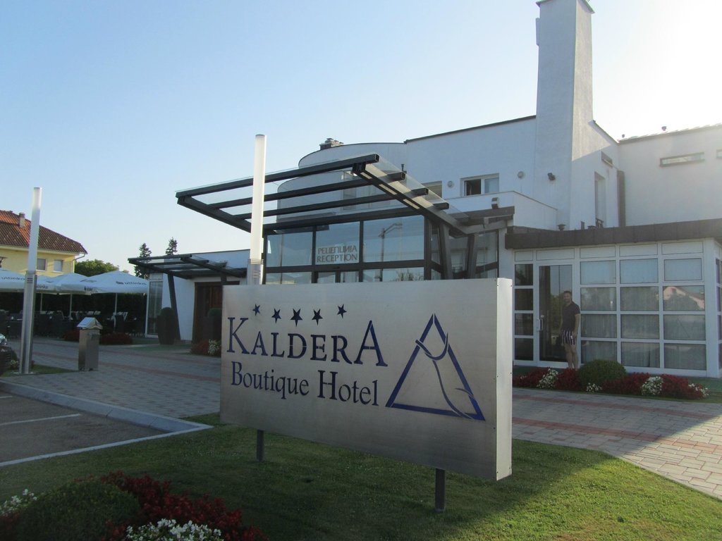 Kaldera Boutique Hotel