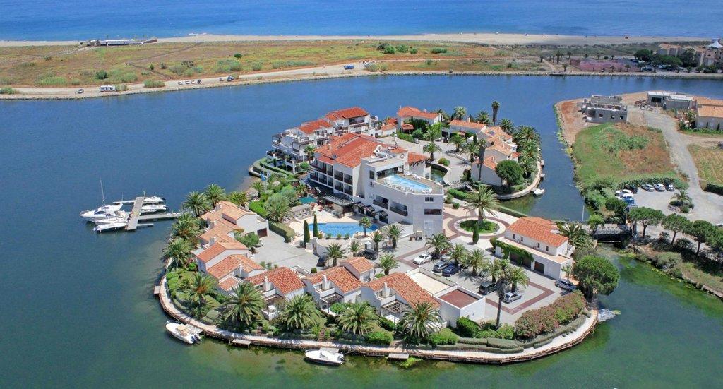 Hotel L'Ile de la Lagune