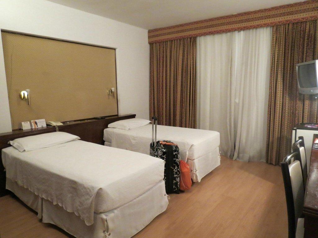 Bittar Plaza Hotel