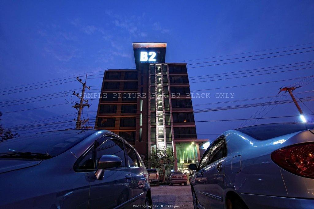 B2 Black Hotel