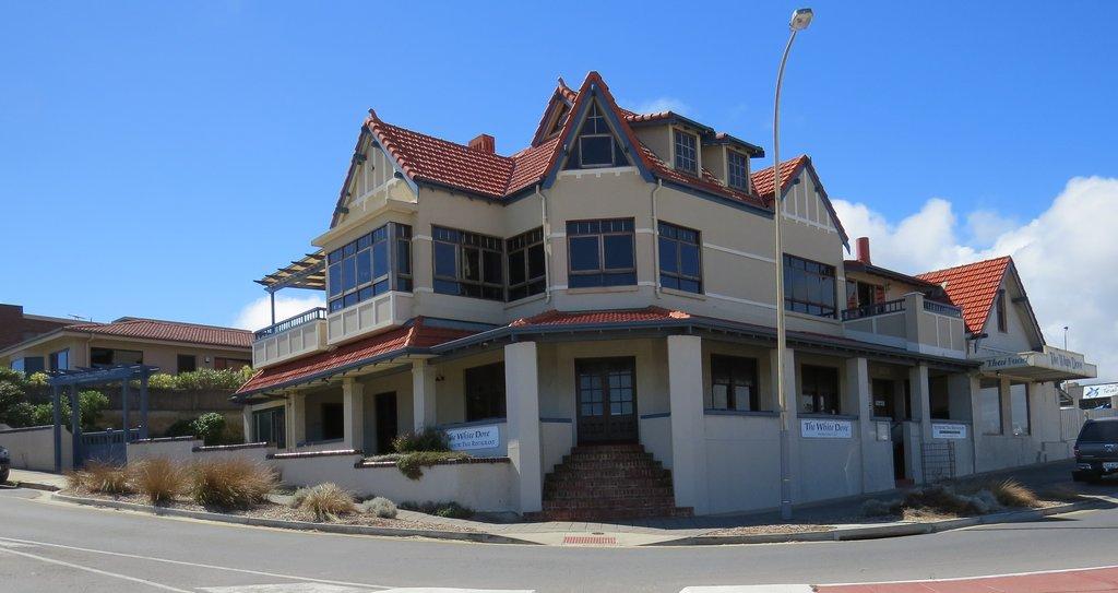 McCloud House
