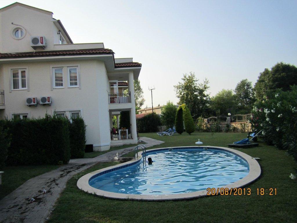 Oasis Holiday Residences & Villas