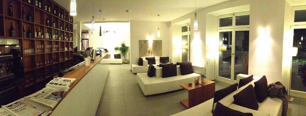 ホテル コンスタンティア