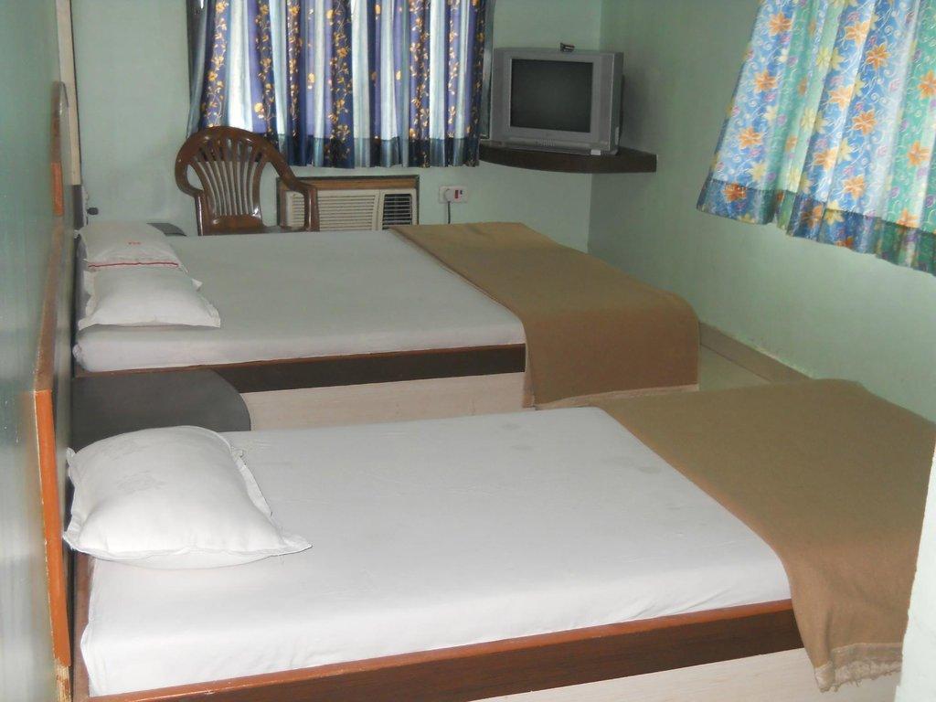 Hotel Sai Aradhana