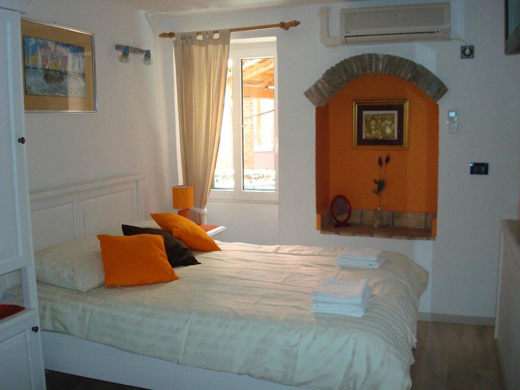 Apartments Tanga