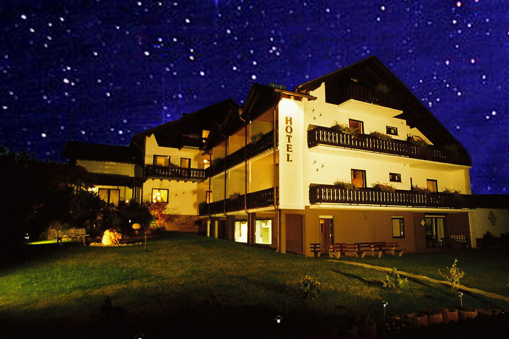 Hotel & Ferienwohnungen Seeschlosschen