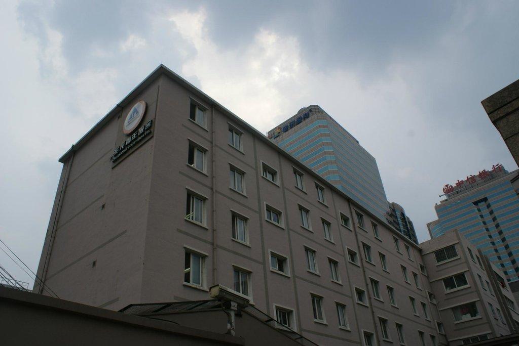 兆龍青年旅舎