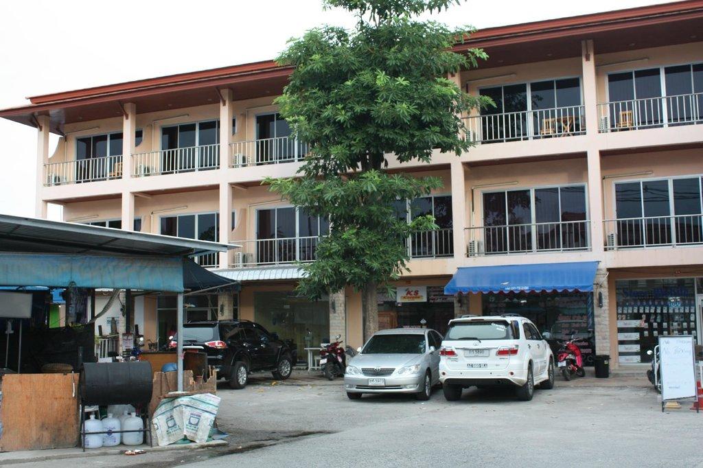 Tong Tip Mansion