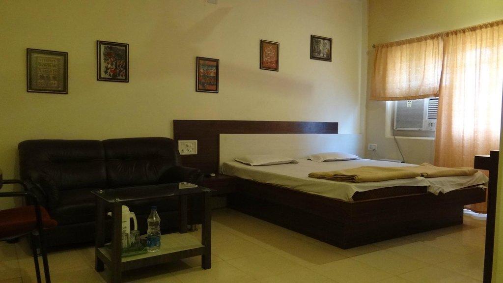 Hotel Li-N-Ja