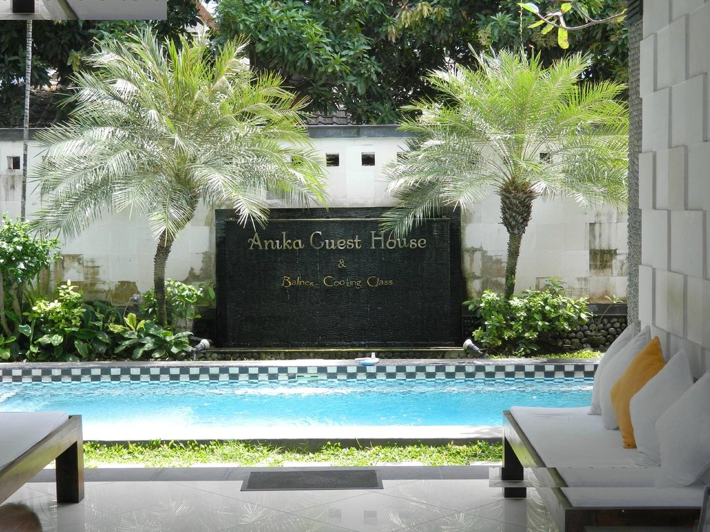 Anika Guest House