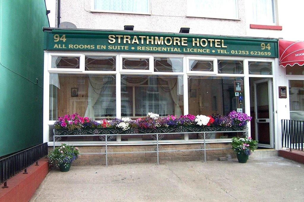 Strathmore Hotel