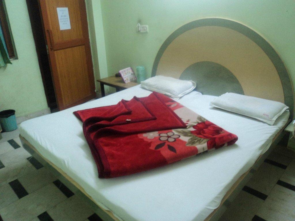 Neha Inn