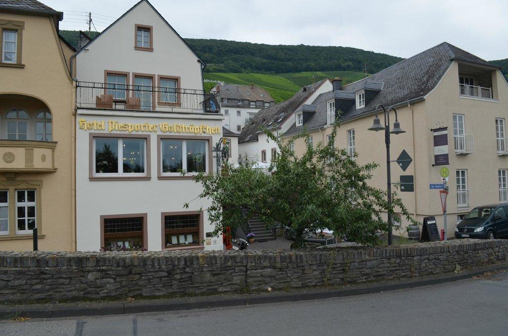 Weinhaus Piesporter Goldtröpfchen