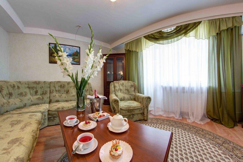 Holosiivskyi Hotel