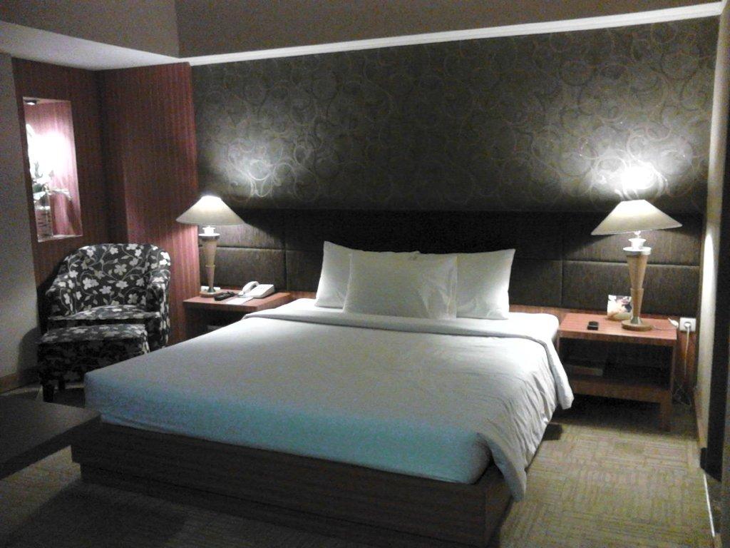 Treva International Hotel