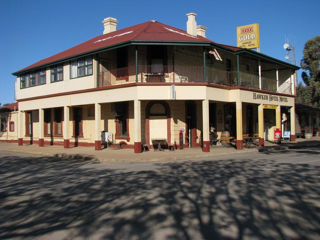 Hawker Motel