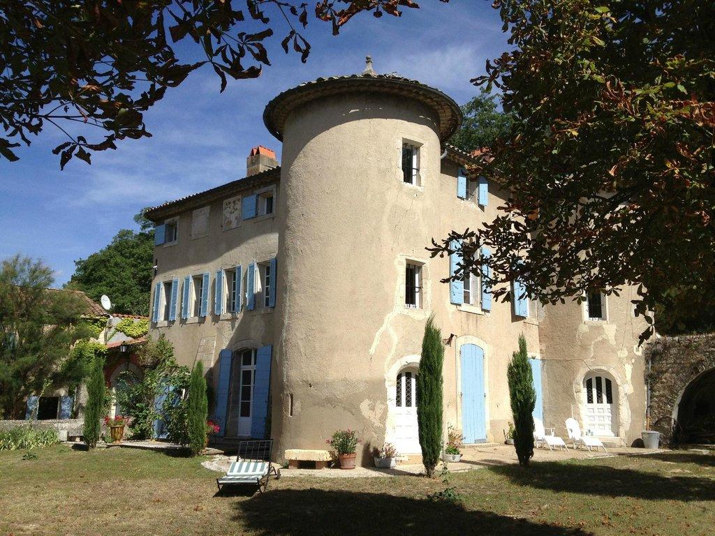 Chateau de Peyrolles