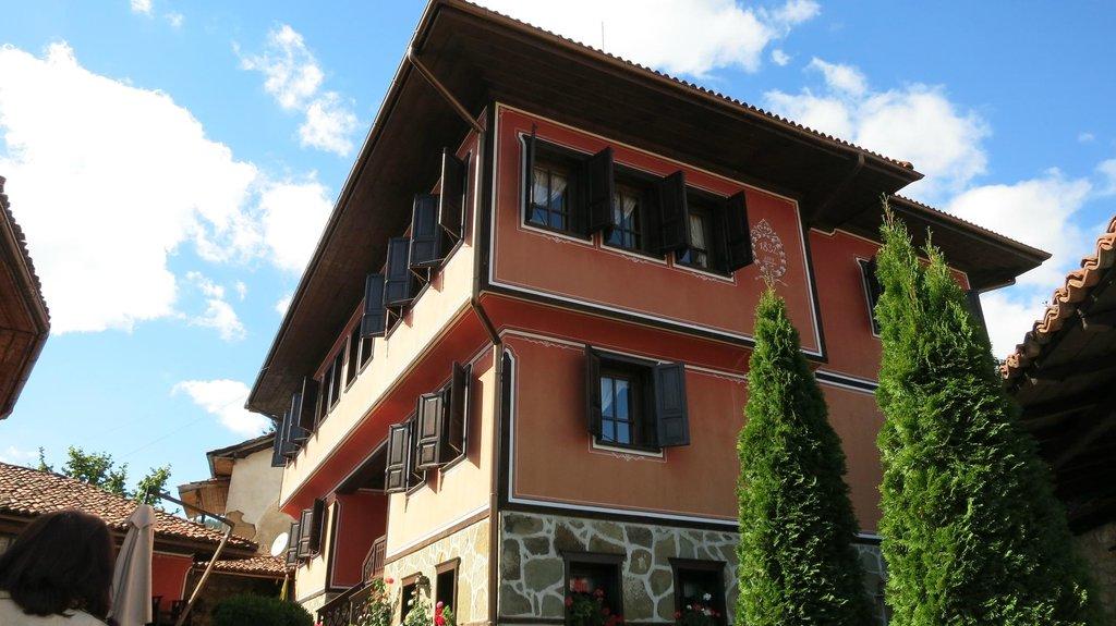 Gozbarov House