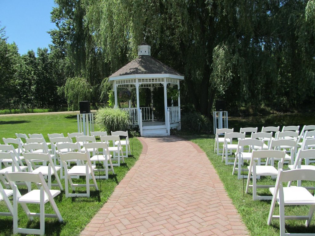 Willow Pond Bed, Breakfast and Events